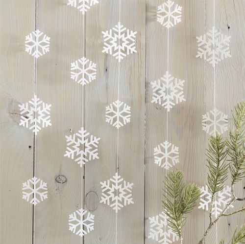 Snowflake Shaped Garland - 5m