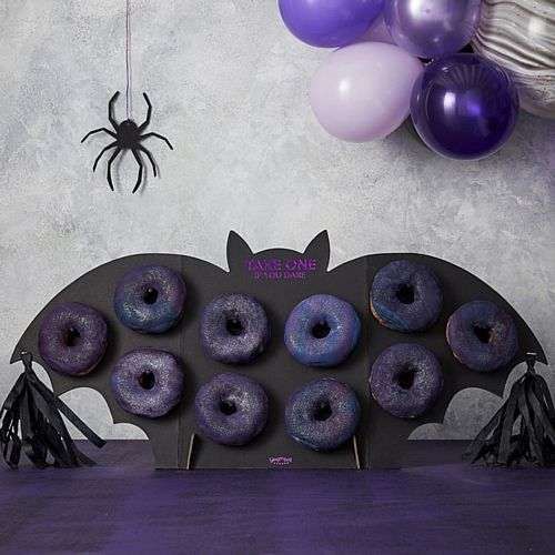 Bat Shaped Halloween Party Doughnut Wall