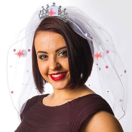 Click to view product details and reviews for Veil With Flashing L Plate.