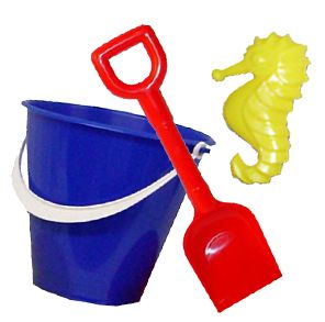 Bucket, Spade & Mould Set - Assorted Designs - 15.2cm
