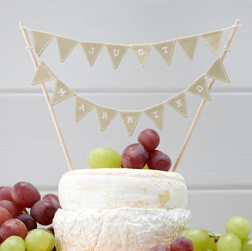 "Vintage Affair ""Just Married"" Cake Bunting - 24cm"