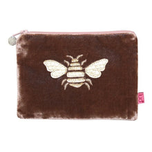 Load image into Gallery viewer, Lua Gold Bee Purse - Pursenalities_uk