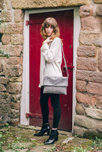 Load image into Gallery viewer, Amilu Beige Henley Leather Cross Body Bag/Clutch - Pursenalities_uk