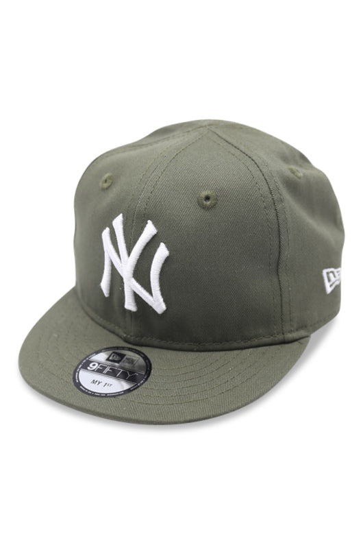 New Era My 1st 950 Yankees Olive UV Snapback Angle