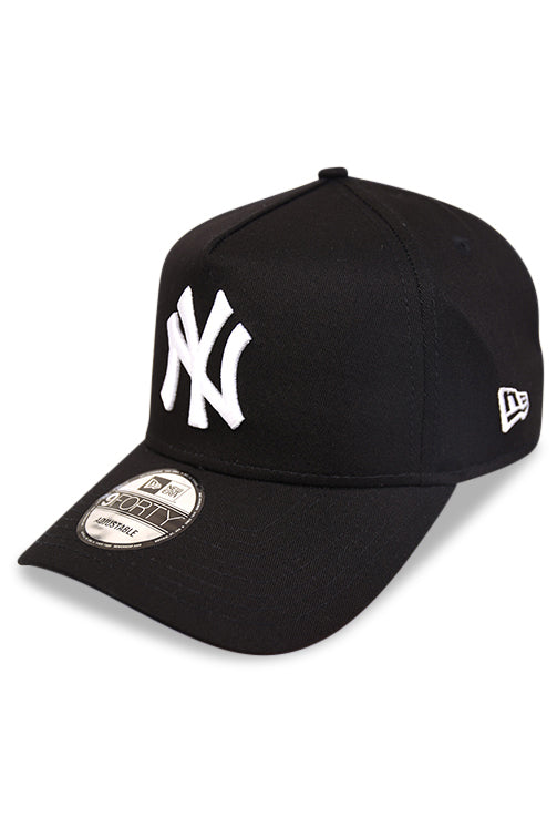 New Era 940 A Frame NY Yankees Black Snapback Angle