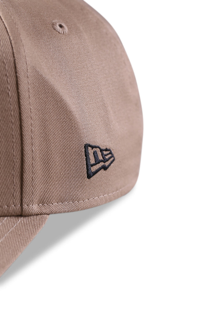 New Era 940 A Frame British Khaki/Grey Snapback Detail