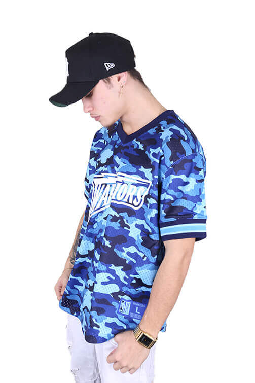 M&N Warriors Tonal Camo Mesh V-Neck Blue Angle 1