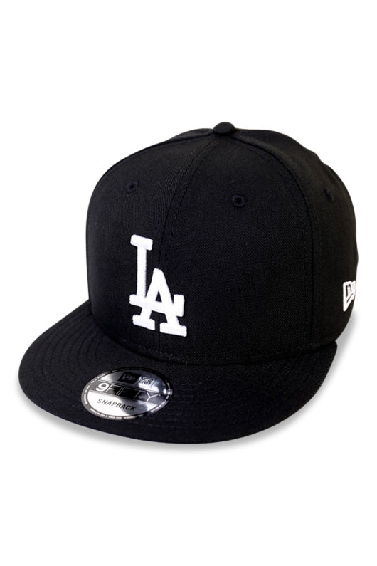 New Era LA Dodgers Black / White Snapback Angle
