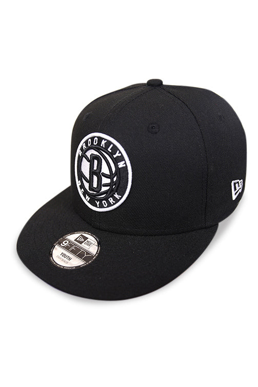 New Era Youth 950 Brooklyn Nets Black/White Snapback Angle