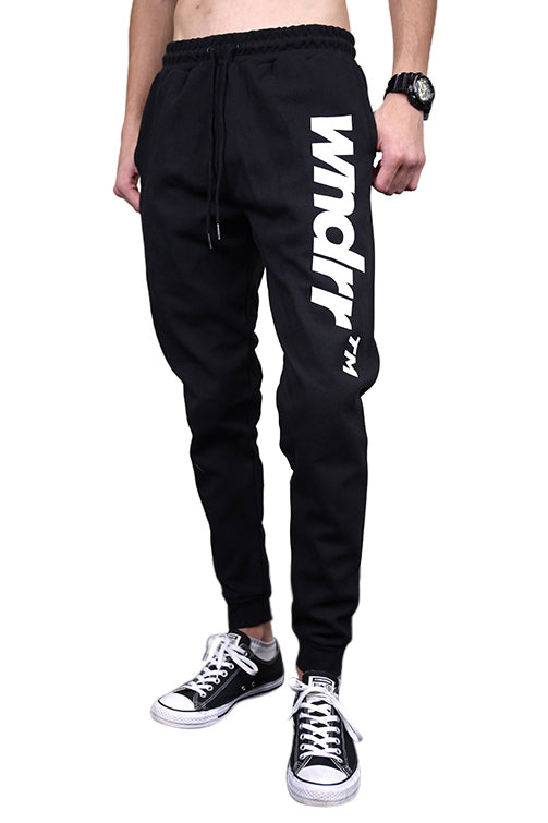 WNDRR Trademark Trackpant Black Front