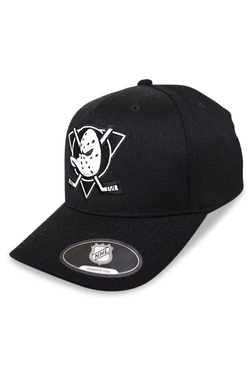 Majestic Ducks NHL Black/White Crest High Crown 110 Snapback Angle