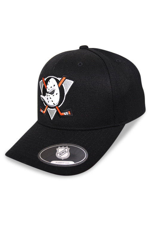 Majestic Ducks NHL Crest High Crown 110 Pin Black Snapback Angle
