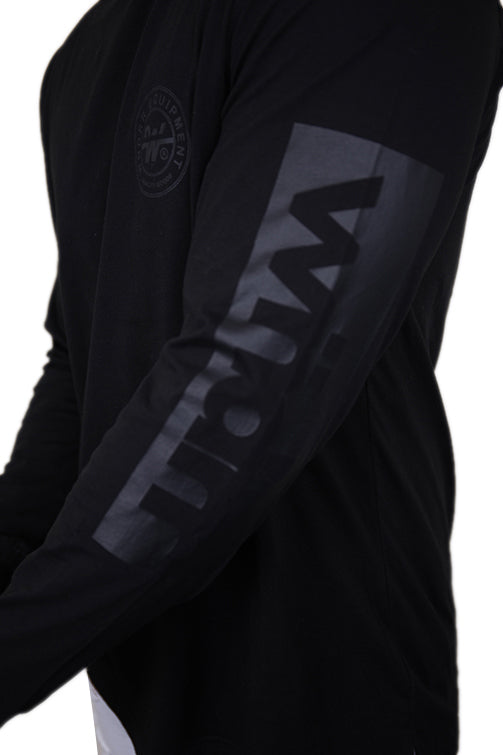 WNDRR Clutch L/S Tee Black Detail