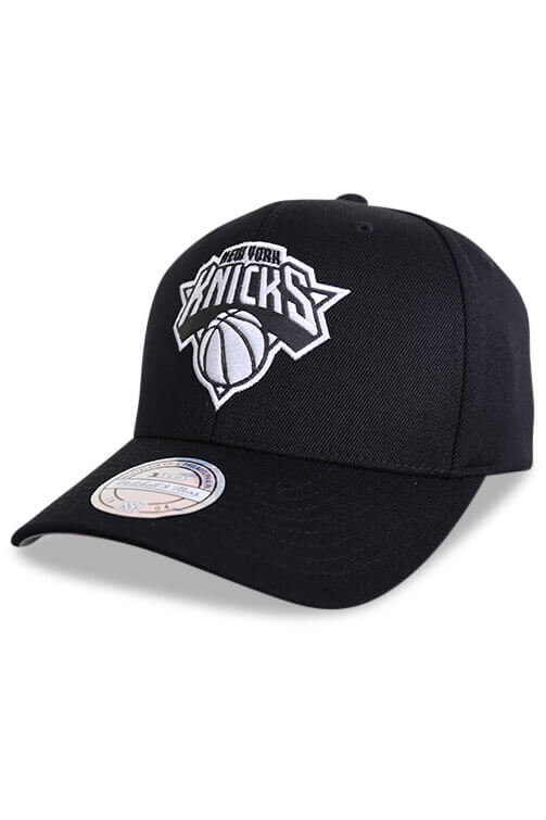 M&N NY Knicks 110 Outline High Crown 6 Panel Black Snapback Angle