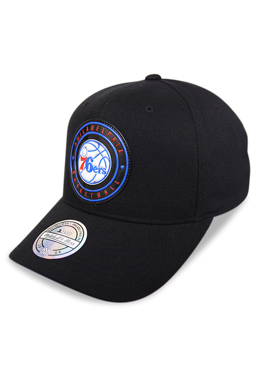 M&N 76ers Circle Weald Patch 110 Pinch Black Snapback Angle