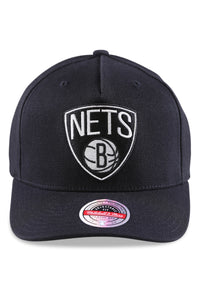 M&N Nets Team Colour Logo Pinch Panel Black Snapback Front