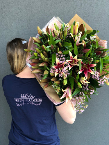 Large Luscious Lily Bouquet