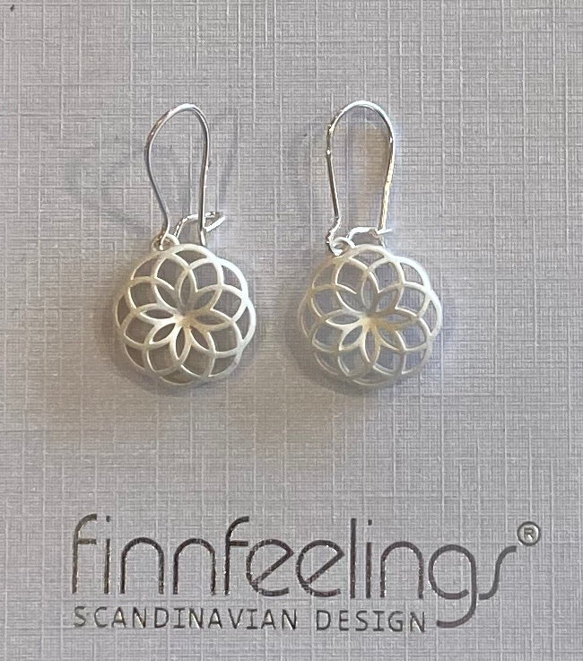 FinnFeelings Flare Earrings