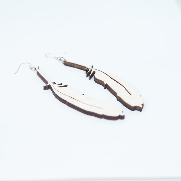 Papurino Wooden Earrings, Sulka (Feather)