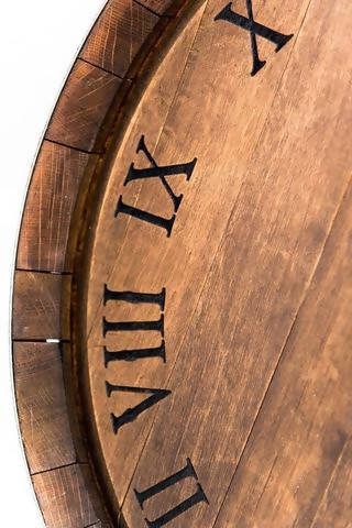 Wine Barrel Head Clock