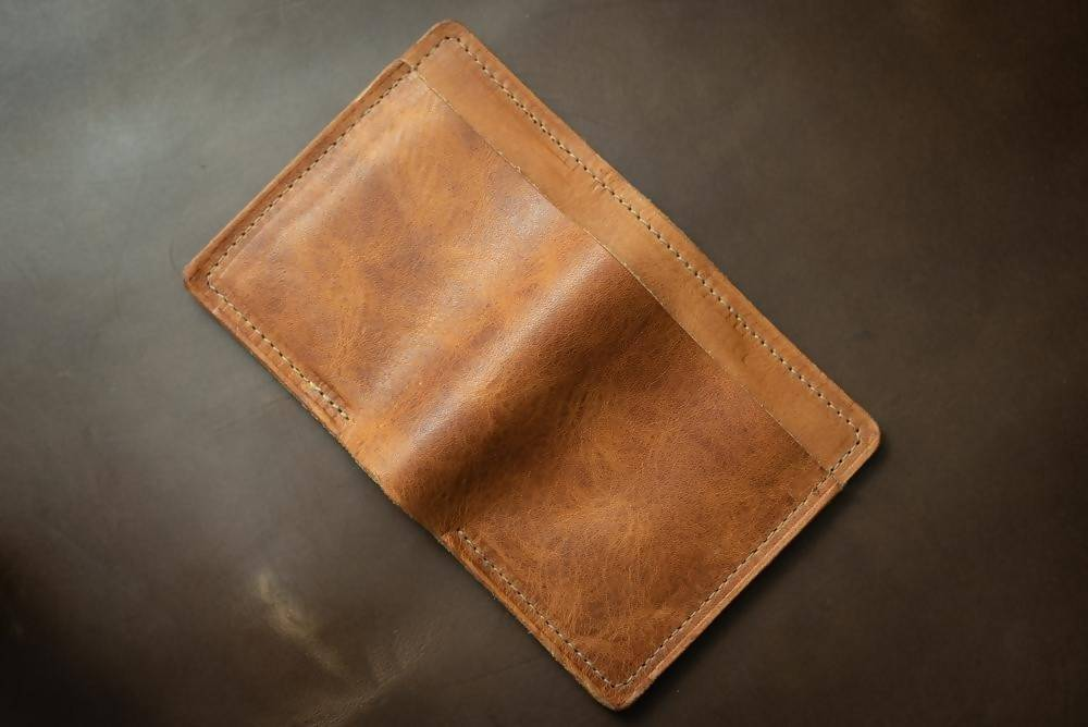CAVALRY 4 CARD LEATHER BILLFOLD WALLET