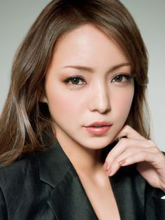 Why Japanese Women Love Brown Eyeshadow