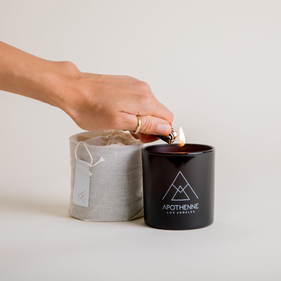 Apothenne Black Saffron and Fig Candle