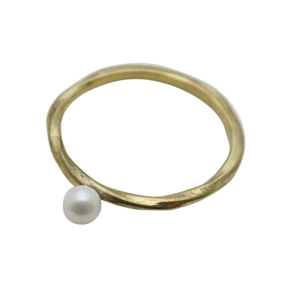 One pearl • ring