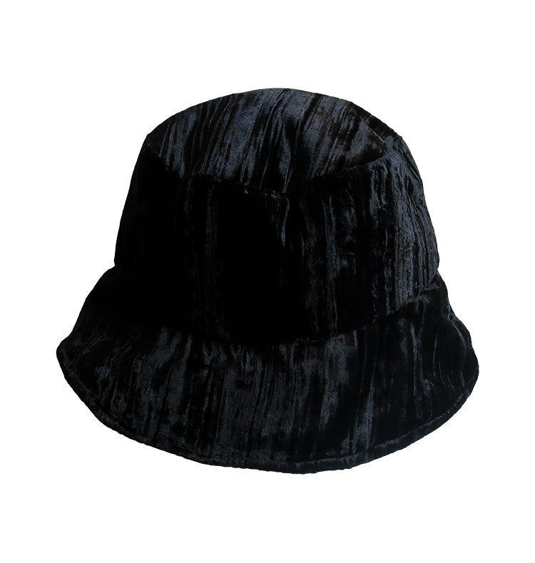 Black velvet • bucket hat