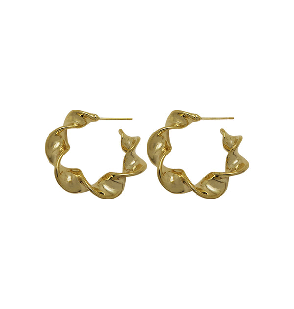 pirouette earrings • gold
