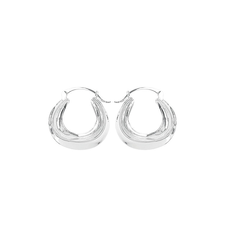 Suri silver • earrings