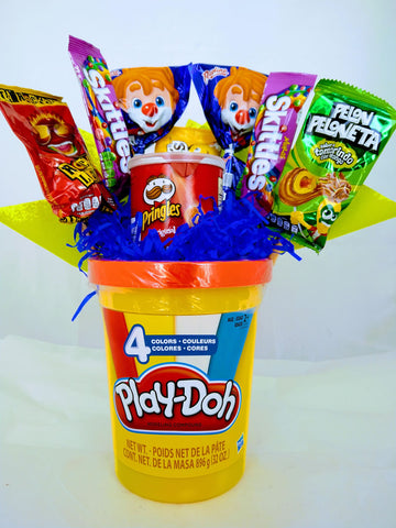 Magic Bucket con Play-Doh