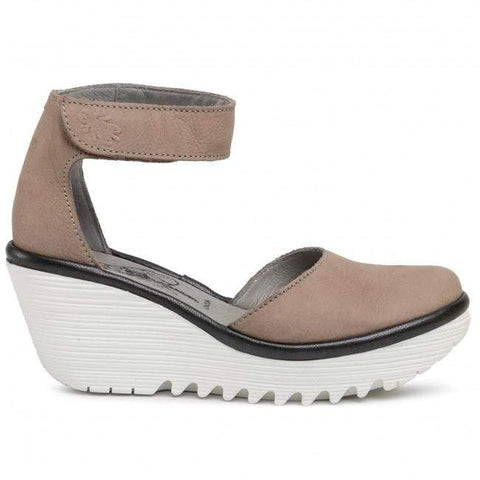 Fly London Shoe Concrete/ White / 36 / M Fly London Womens Yandfly Wedges - Concrete/ White