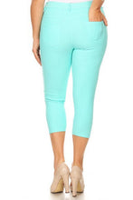 Load image into Gallery viewer, Plus Size Capri Jeggings