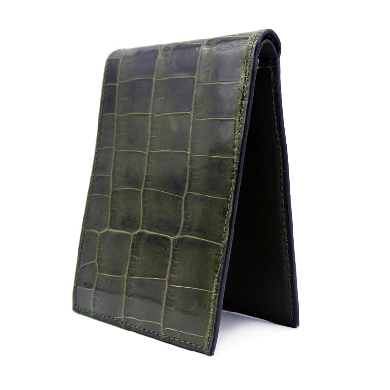 40-671-GRN Gracen Crocodile Bifold, Green