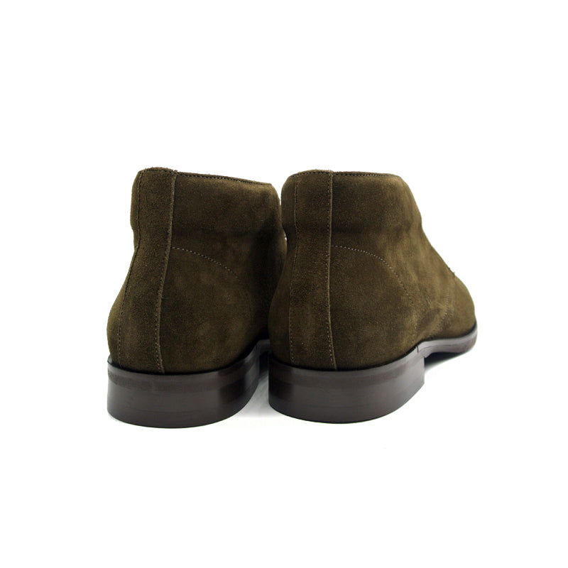46-592-OLV MARCO Suede Calfskin Chukka Boot, Olive