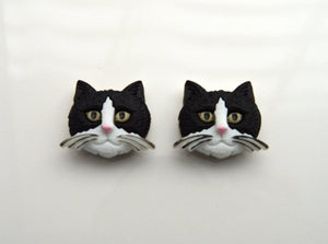 Black and White Cat Face 20 x 25  mm Magnetic Earring - Laura Wilson Gallery