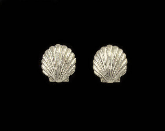 14 Karat Gold or Nickle Plated Scallop Shell Magnetic or Pierced Earrings - Laura Wilson Gallery