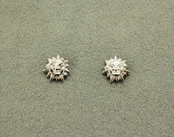 Silver 10 mm Tiny Sun/Lion Face Magnetic Clip Non Pierced Earrings