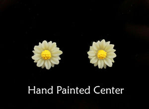 10 mm Round Hand Painted Daisy in Magnetic or Pierced  Earrings in Five Colors - Laura Wilson Gallery