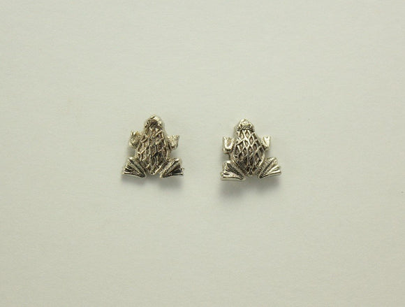 Spotted Frog Silver Magnetic Earrings 10 x 11 mm - Laura Wilson Gallery
