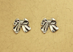 Magnetic Silver Tied Gift Bow Earrings - Laura Wilson Gallery
