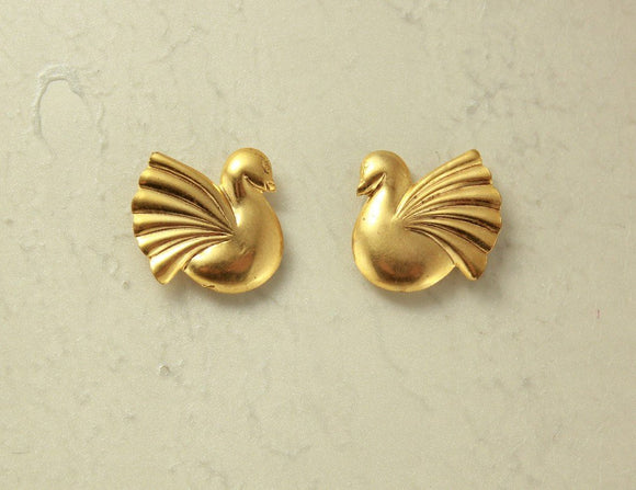 Magnetic 14 Karat Gold Plated  Brass 16 x 16 mm Danish Style Bird Clip Earrings - Laura Wilson Gallery