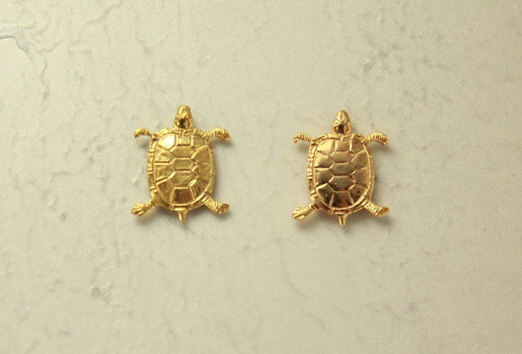 14 Karat Gold Plated Turtle Magnetic Clip Non Pierced Earrings - Laura Wilson Gallery