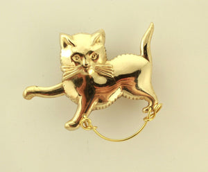 14 Karat Gold Plated Walking Cat Brass Magnetic Eyeglass Holder - Laura Wilson Gallery