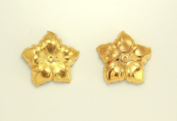 20 mm Gold or Silver 5 Petal Flower Magnetic Non Pierced Clip Earrings - Laura Wilson Gallery