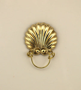 Solid Brass Scallop Sea Shell Magnetic Eyeglass Holder