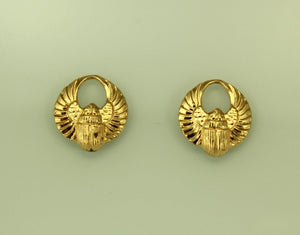 Gold Magnetic Egyptian Winged Scarab Earrings 13 x 15 mm - Laura Wilson Gallery