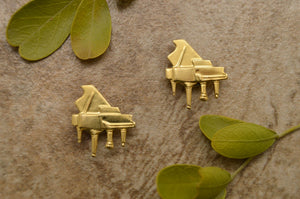 Gold or Silver Piano Magnetic Clip Non Pierced Earrings - Laura Wilson Gallery