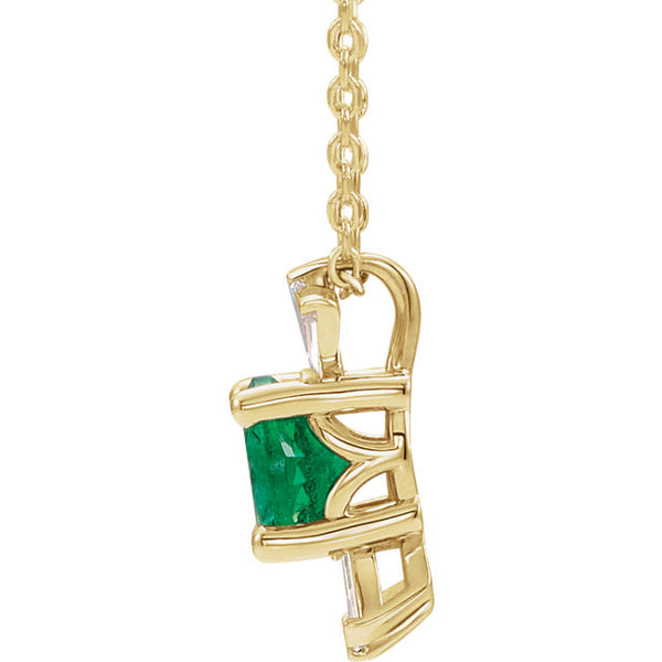 Vintage Art Deco Style Emerald and Diamond Baguette Necklace